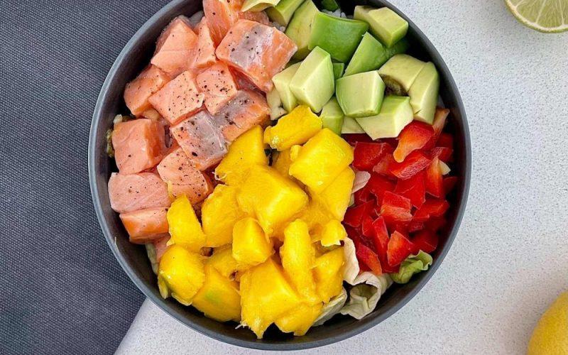 Poke Bowl de salmão
